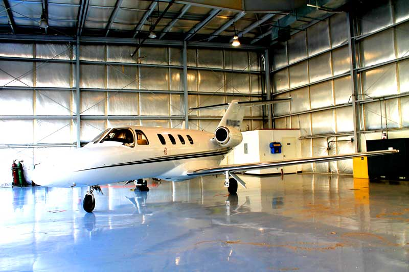 private airplane hangar las vegas